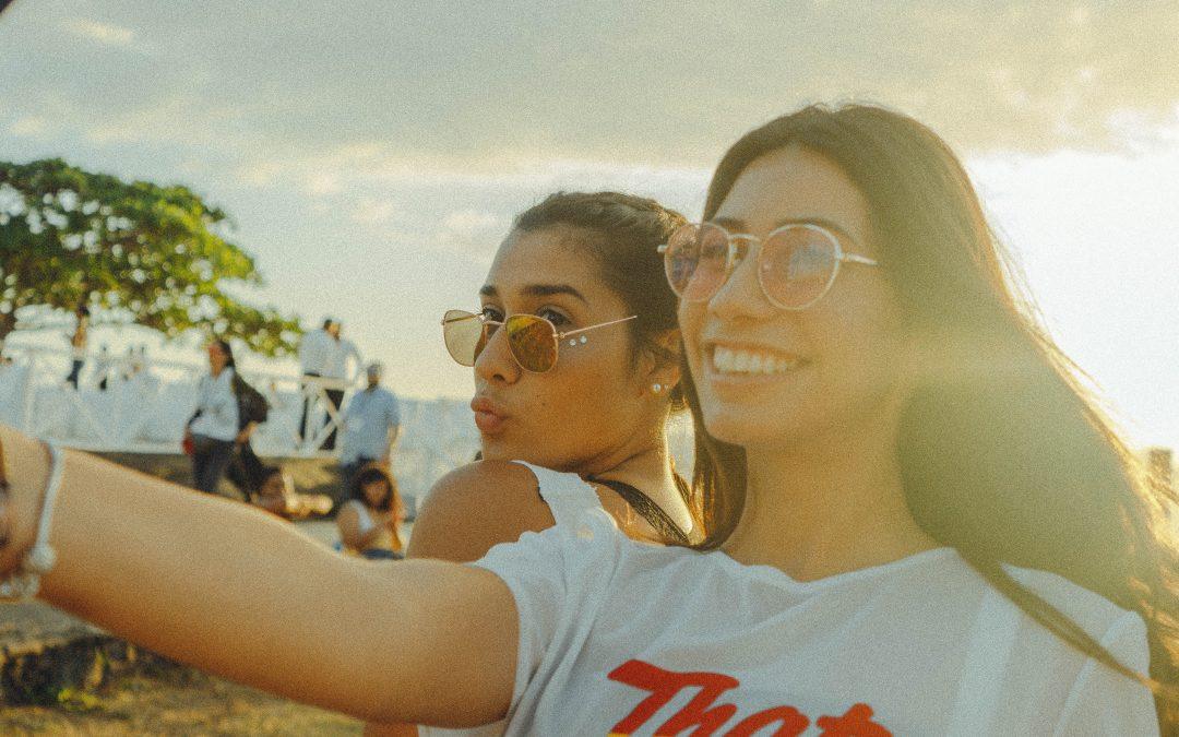Pop Smile: Whiter Smiles, Killer Copywriting & Spot On Marketing