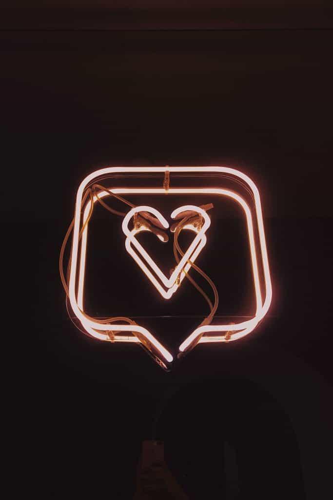 neon-sign-heart-like-image